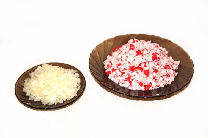 prostoy-recept-salata-iz-krabovyx-palochek