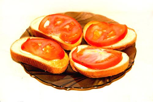 recept-buterbrodov-s-chesnokom-i-pomidorami